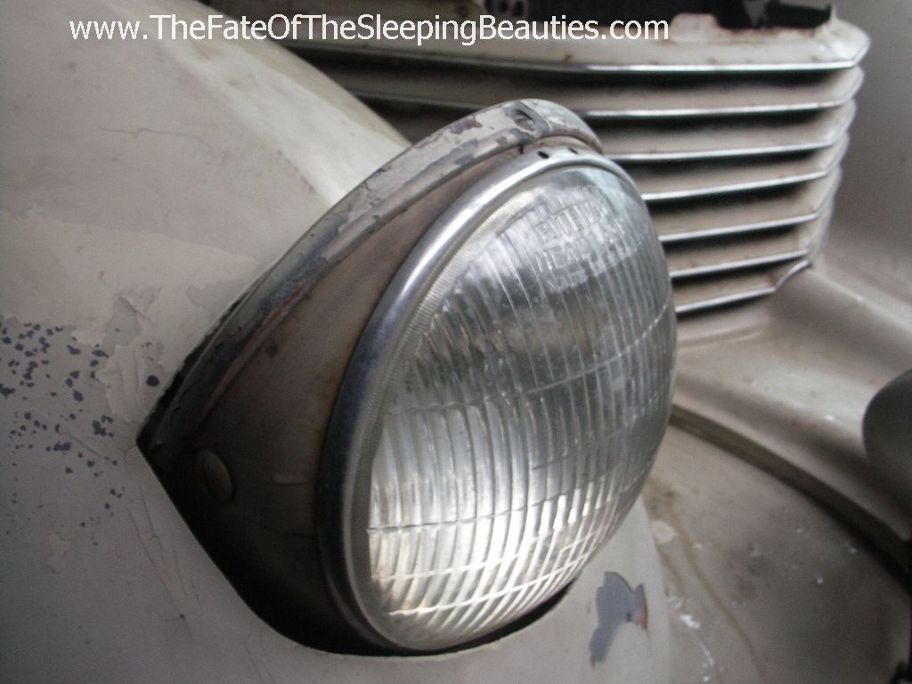 1401_headlight